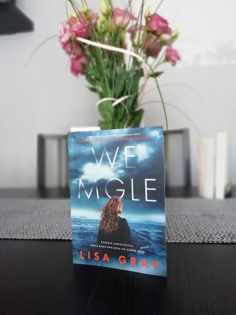 Recenzja: We mgle - Lisa Gray